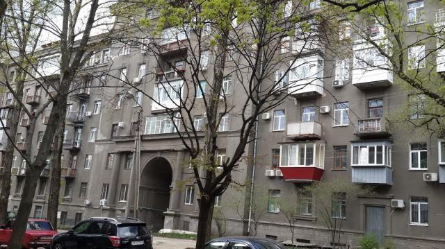 Продам 3х 4/6эт.лифт, генеральский дом м.Наукова\м.Держпром-5мин