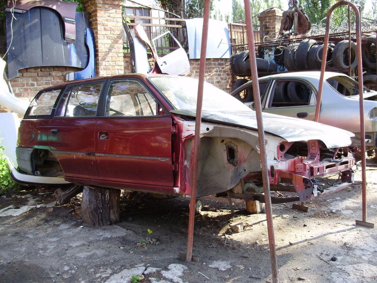 продам запчасти кузова Opel Astra Universal