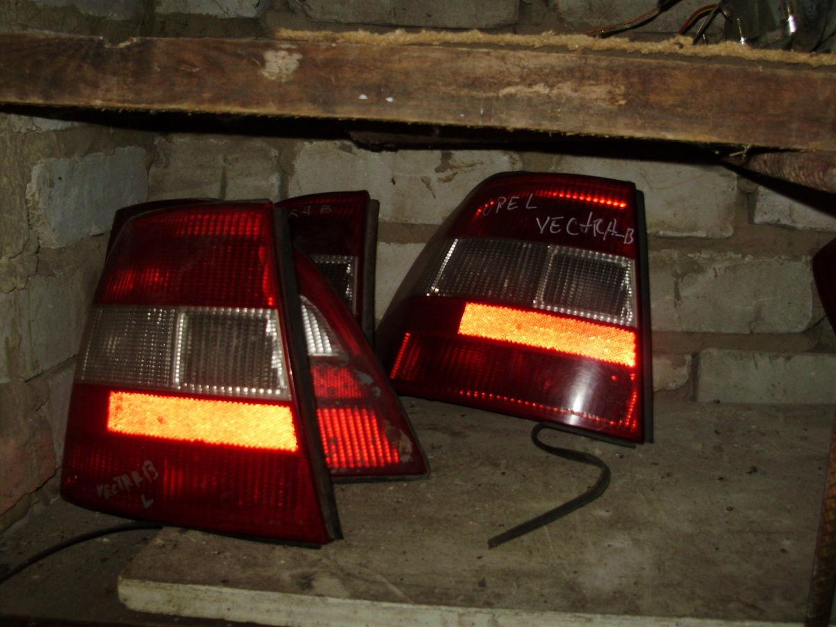 продам стопы Opel Vectra B
