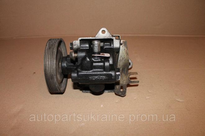 Renault 19 Рено 26014539, 7700741348 Гур, насос гидроусилителя