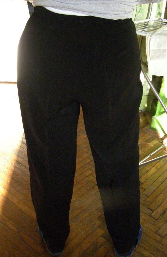 Женские демисезонные брюки 50-52 р