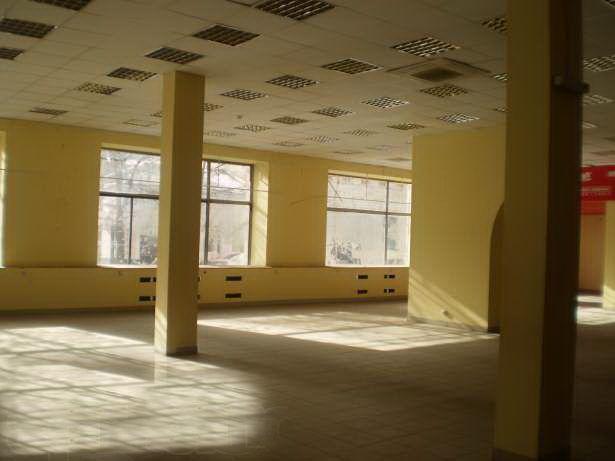 Фото 3 - Комплекс зданий в центре Харькова 23850 кв.м., земля 1,4 га.