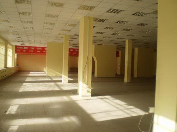 Фото 2 - Комплекс зданий в центре Харькова 23850 кв.м., земля 1,4 га.