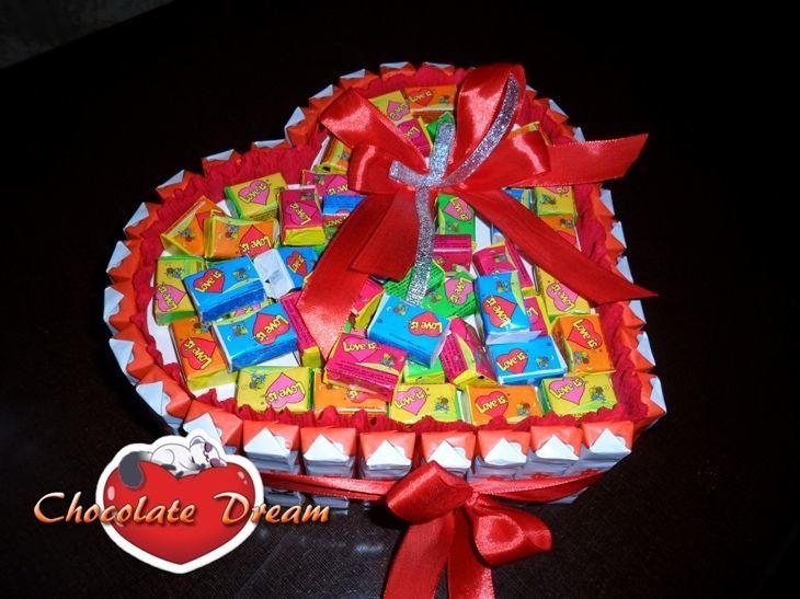 Поздравление из конфет и шоколада фото 575