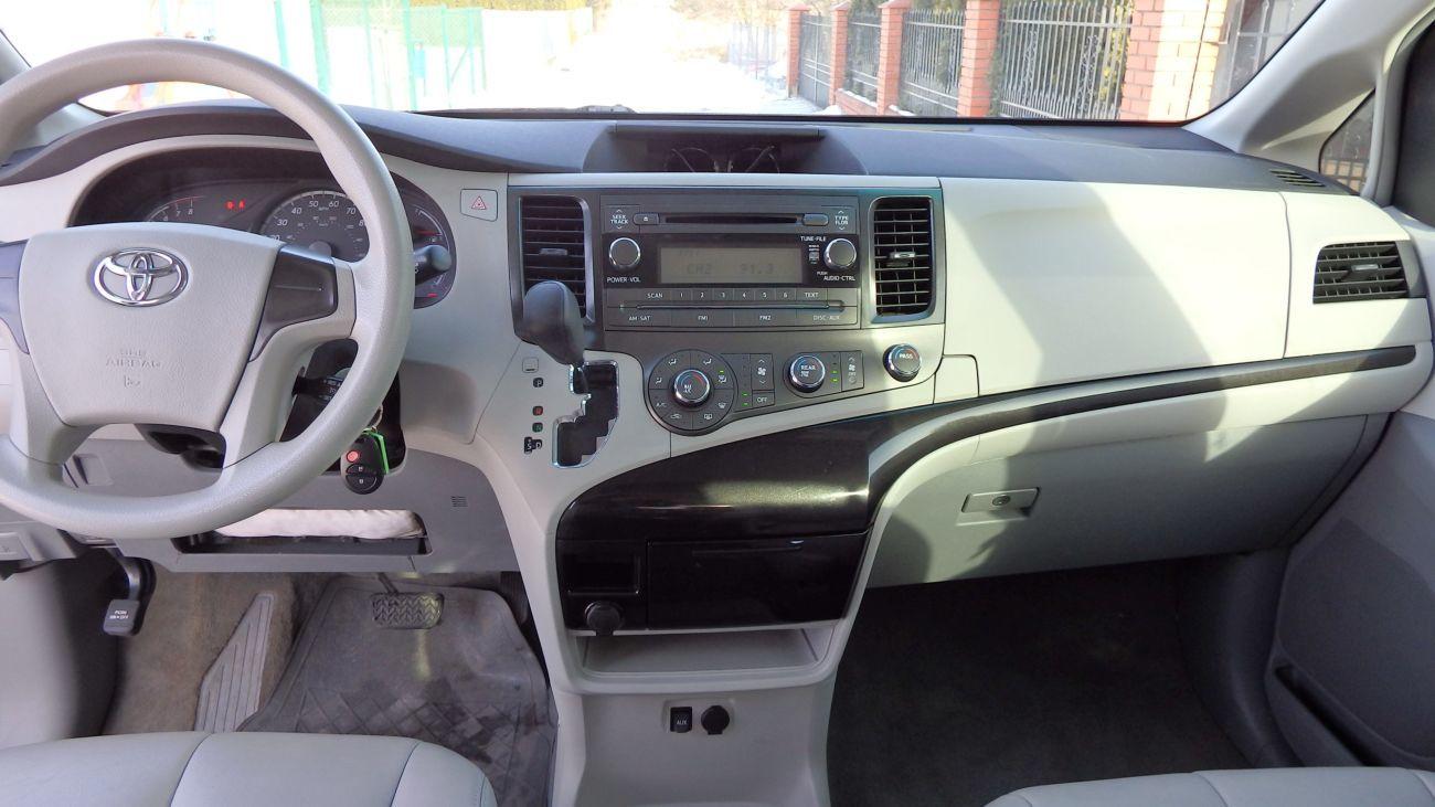 Toyota Sienna ІІІ (Тойота Сиенна) 10-16 год. Аirbag:водителя,пассажира
