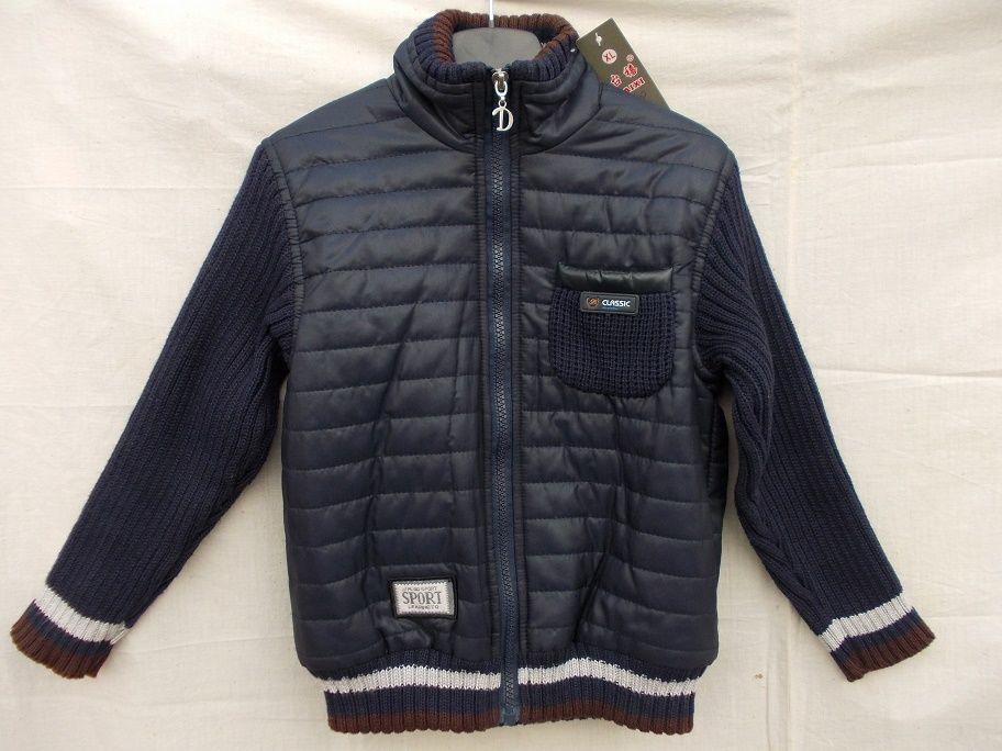 Новая, демисезонная курточка.