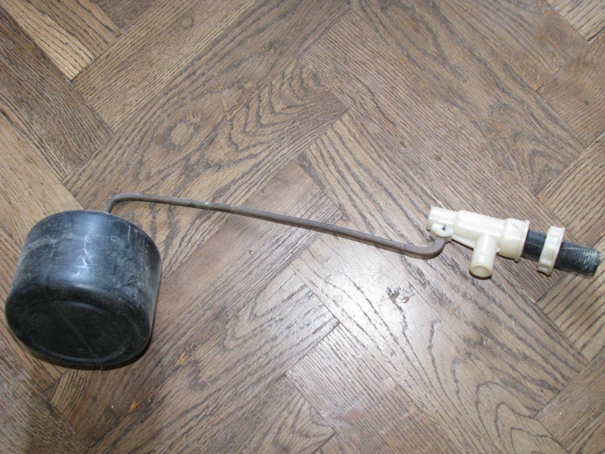 Поплавок для туалетного бачка