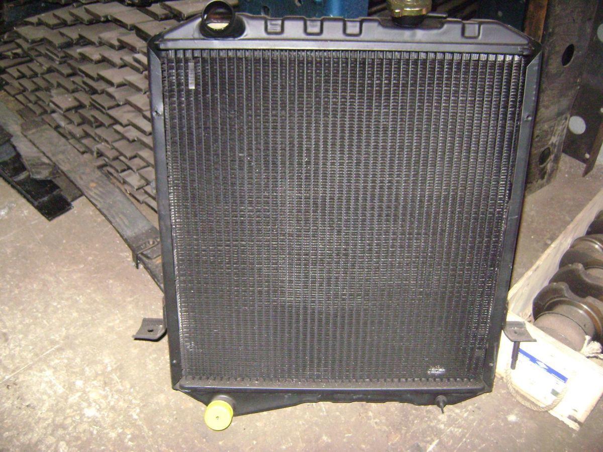 Радиатор охлаждения двигателя к автобусу Богдан , ISUZU