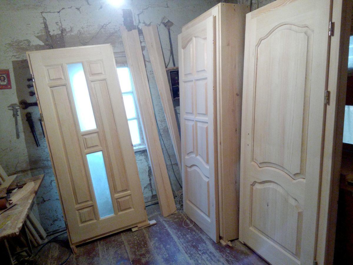 двері деревяні виготовлення міжкімнатних дверей з масиву сосна