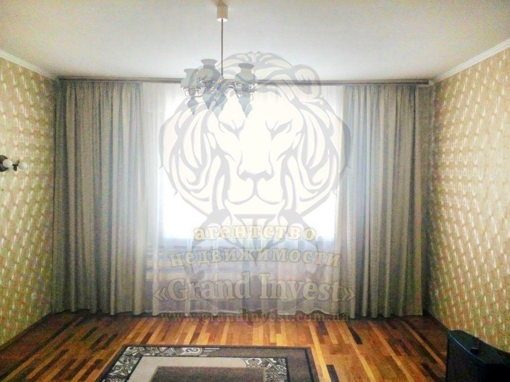 Трёхкомнатная квартира, Шуменский, перекрёсток пр. Димитрова / Вазова.