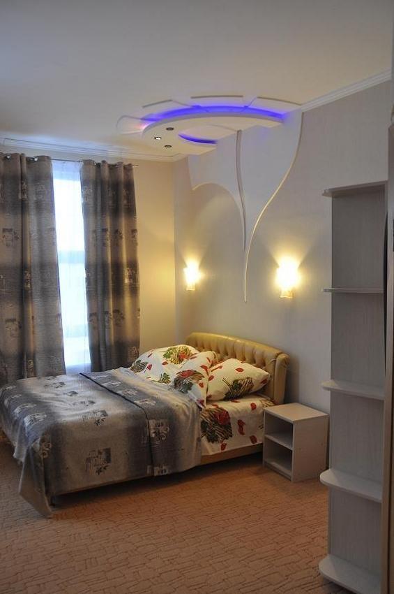 Фото - гостиница в курортном районе Одессы.