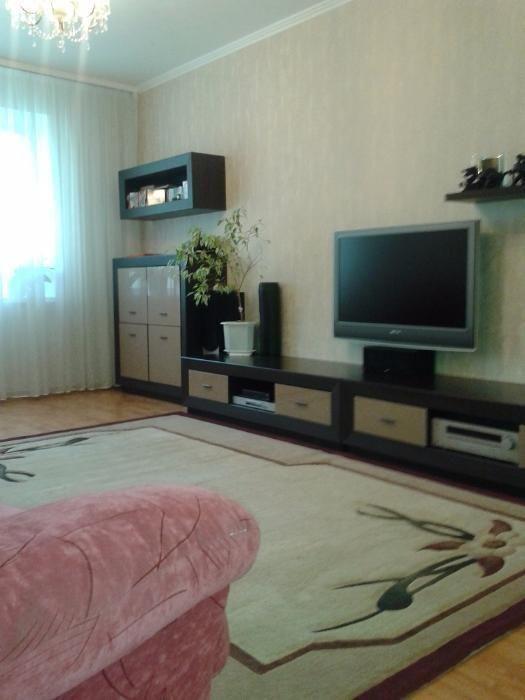 Продам 3-х к. квартиру на  Маршала Жукова