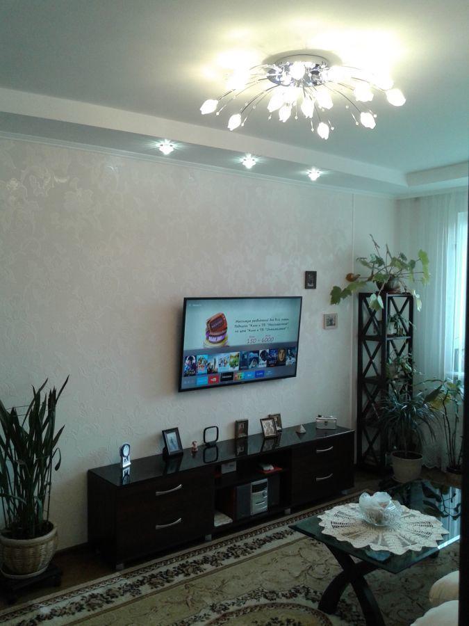 Продам 3-х комн. квартиру с новым ремонтом у метро Гагарина