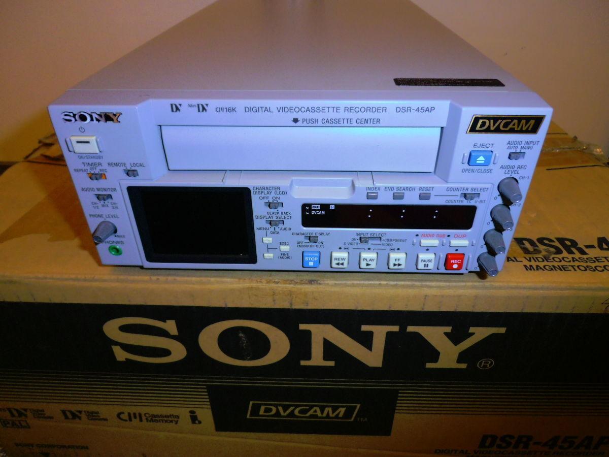 Профессиональный DVCAM, DV, Mini DV видеомагнитофон Sony DSR-45AP
