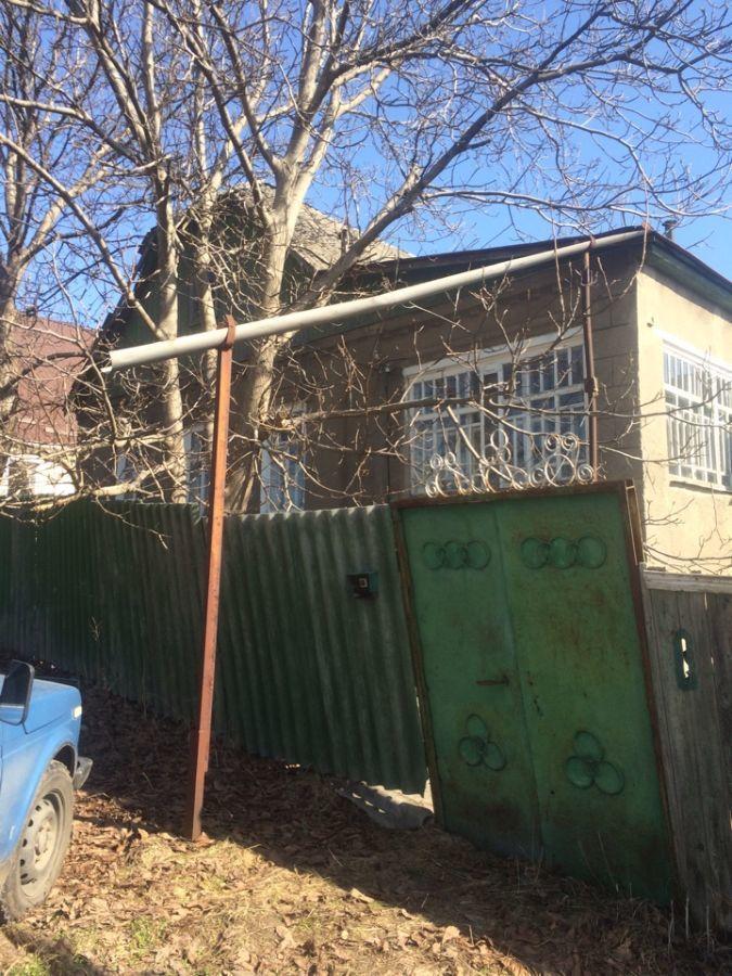 Продам дом в п. Высоком 100 м.кв. 12 соток