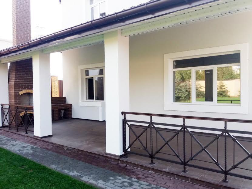 Отличный дом в Новоалександровке