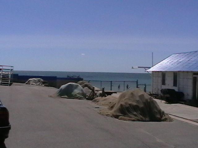 Продам действующую базу с выходом в море.