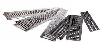 Решетка защитная водоприемная стальная штампованная 1000*136*3