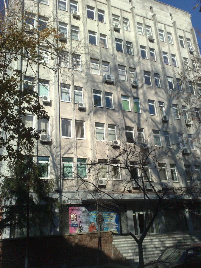Фото 3 - Продам админ. здание 2460 кв.м. в центре г. Днепр