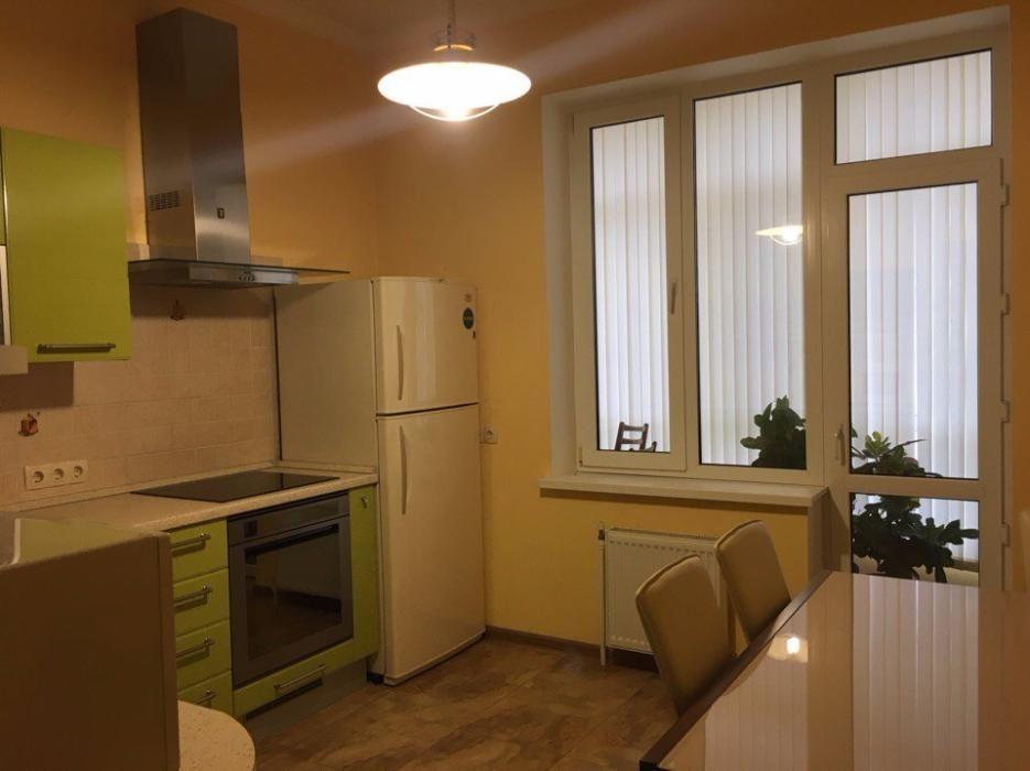 Фото - Продажа двухкомнатной квартиры с ремонтом возле метро Студенческая