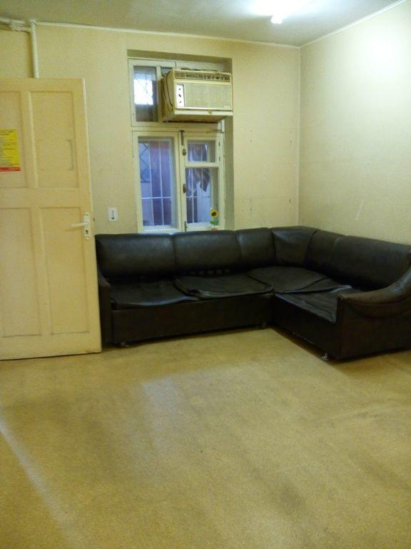 Двух комнатная квартира- офис в Приморском р-не. Код 772708.