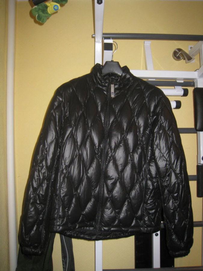 34d36f10c990 Куртка Armani Jeans  2 000 грн. - Куртки и пуховики Киев - объявления на  Бесплатка 15718595