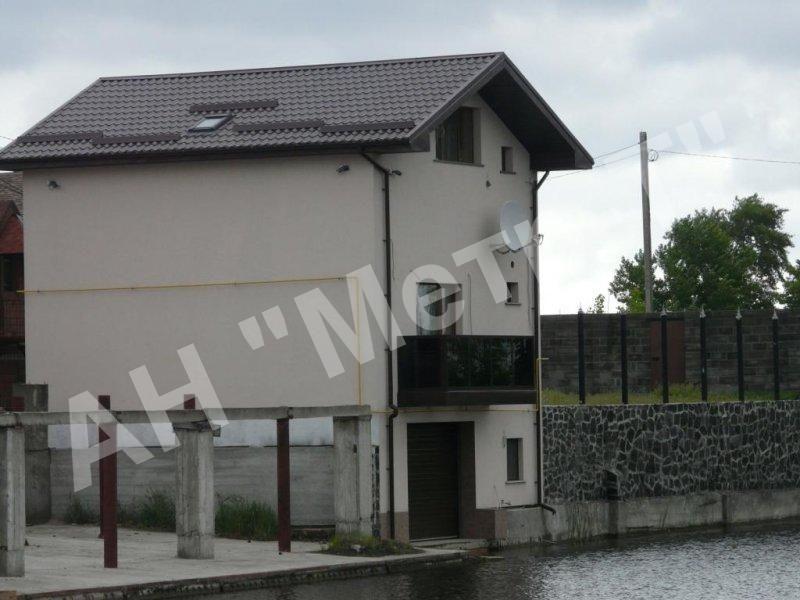 Продається будинок в екологічно чистому місці з виходом на р.Дніпро