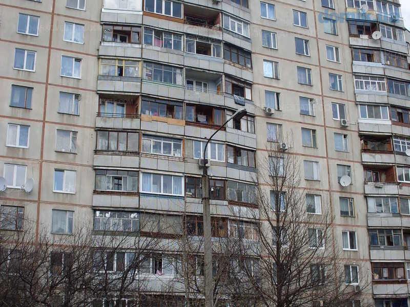 Продам 2к.квартиру в высотке метро Студенческая