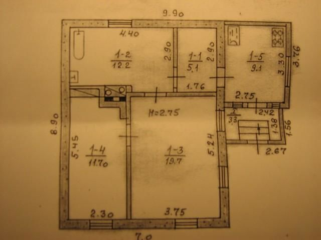 Продам дом с земельным участком в п. Кулиничи.