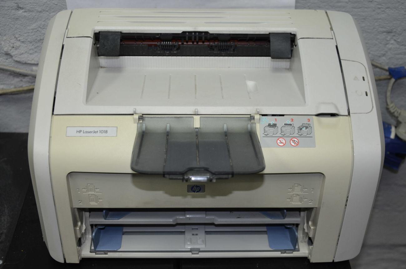 Принтер HP LaserJet 1018 лазерный не чипован