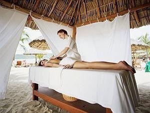 Требуется девушка массажист для работы на пляжной точке Киев Оболонь