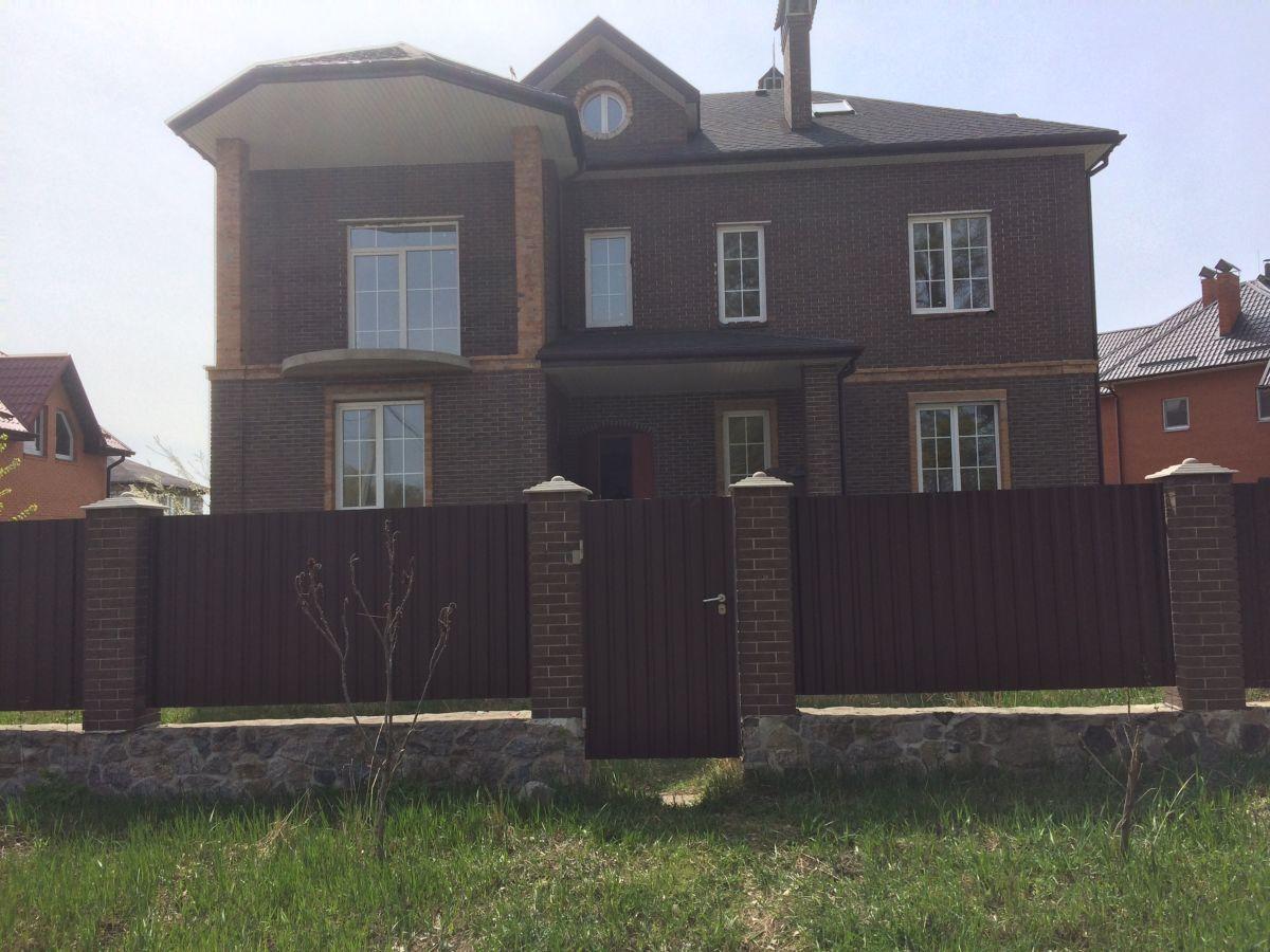 Продам  новый  дом  Гатное!