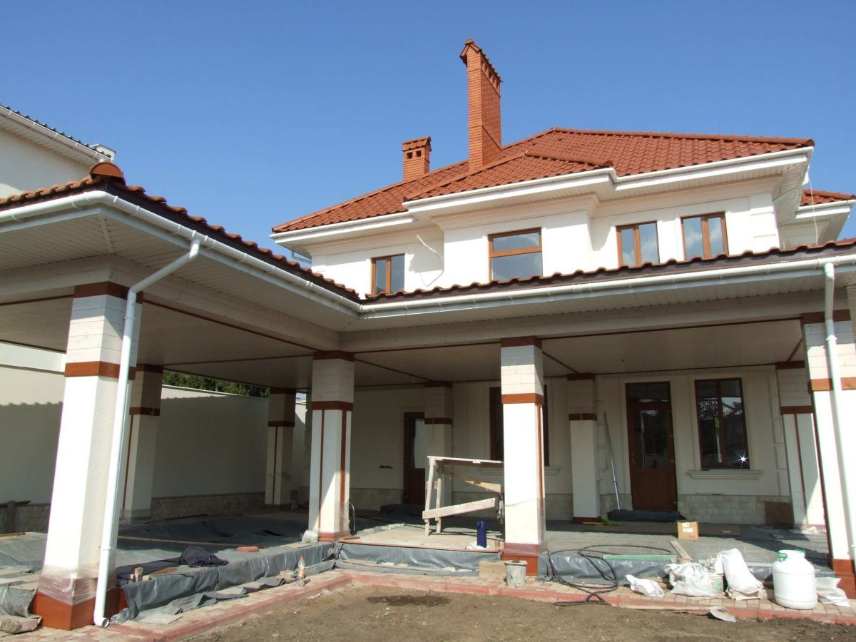 Новый дом в средиземноморском стиле на Сумской