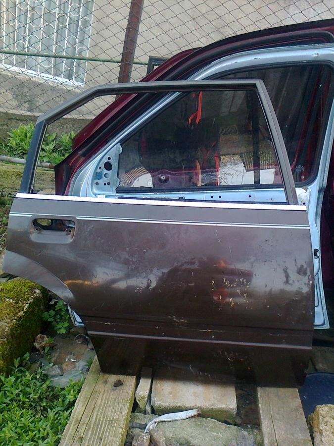 Дверь задняя правая Опель Рекорд седан 83-86г.в.