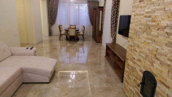 Новый коттедж S=220м2 основной дом 160м2 + баня 60м2,