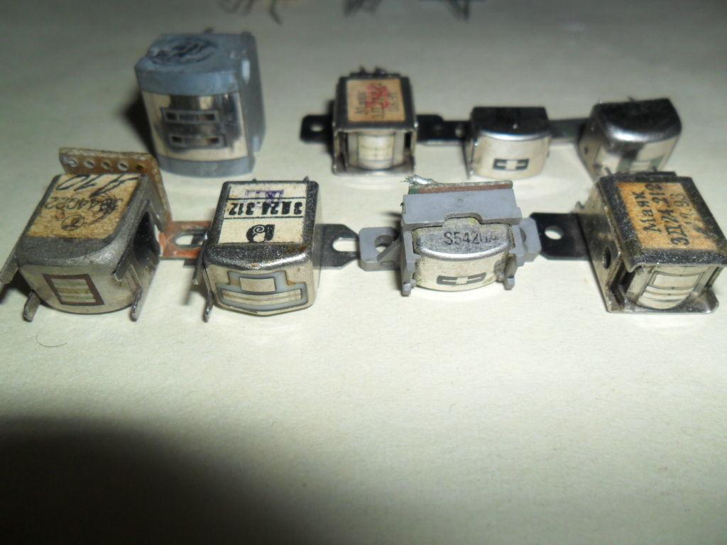 Головки для кассетных магнитофонов.