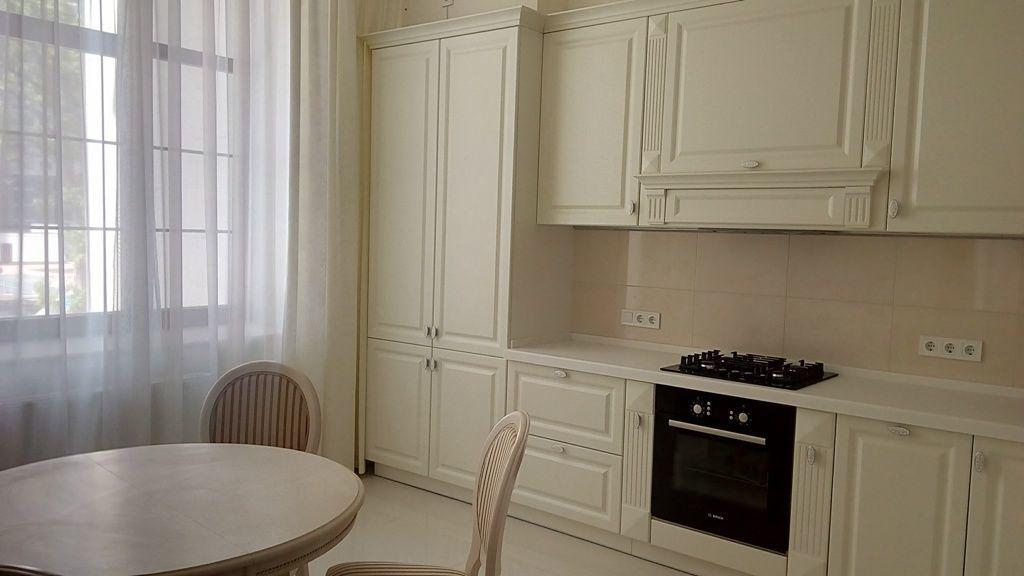 Без комиссии, 2х комнатная  с ремонтом в клубном доме на Французском