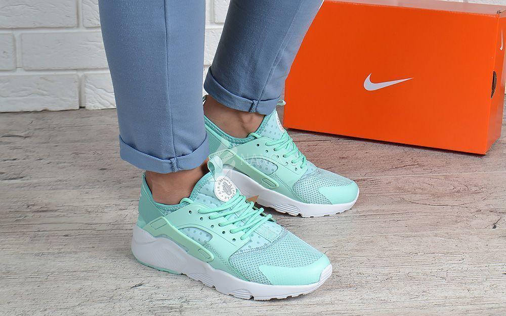Кроссовки женские  Nike Air Huarache Ultra