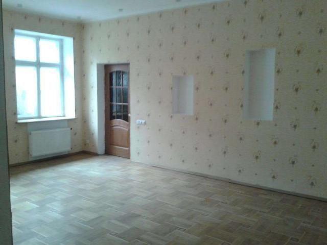 3 комнатная Некрасова Гоголя 85 метров и мансарда 75 метров