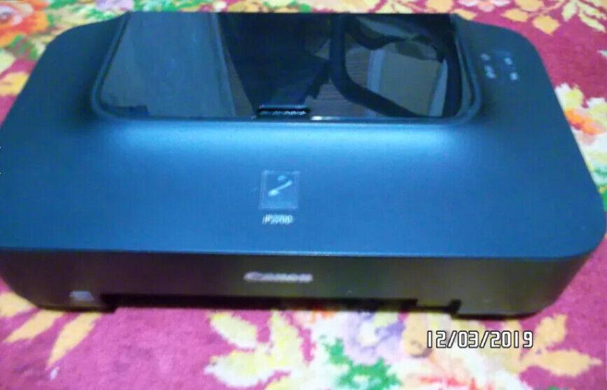 Продам принтер б/у Canon Pixma 2700