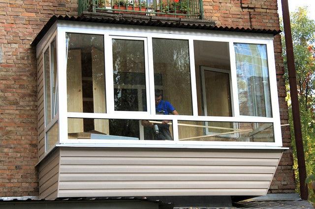Балкон под ключ, остекление, обшивка, утепление, расширение,.