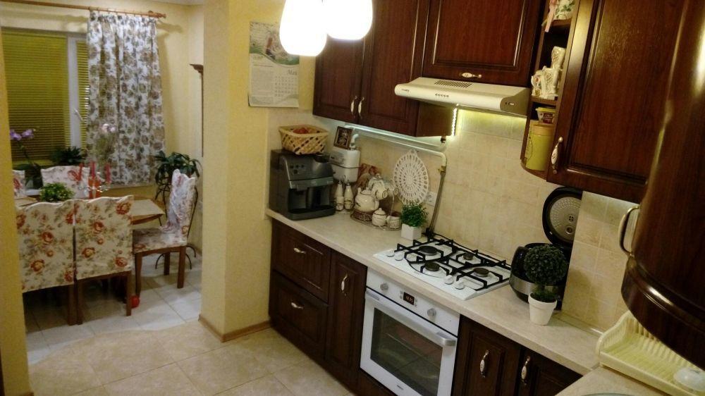 3-комнатная квартира с хорошим ремонтом на Шуменском! 10858