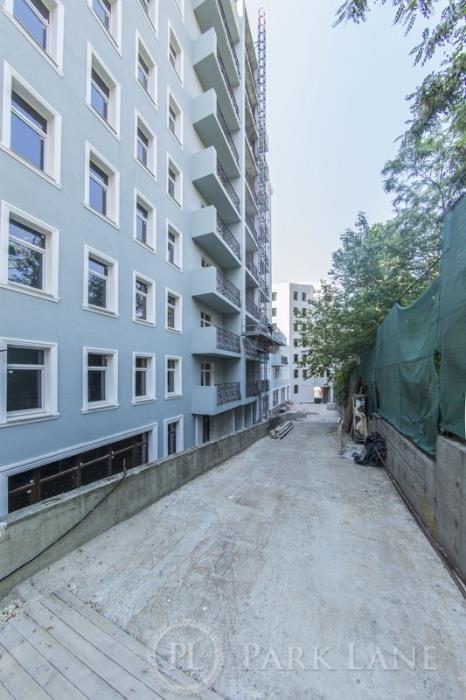 Продам квартиры в новом доме возле бот.сада на Льва Толстого