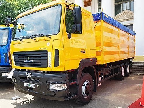 Новый зерновоз МАЗ-6501С9-8526-000