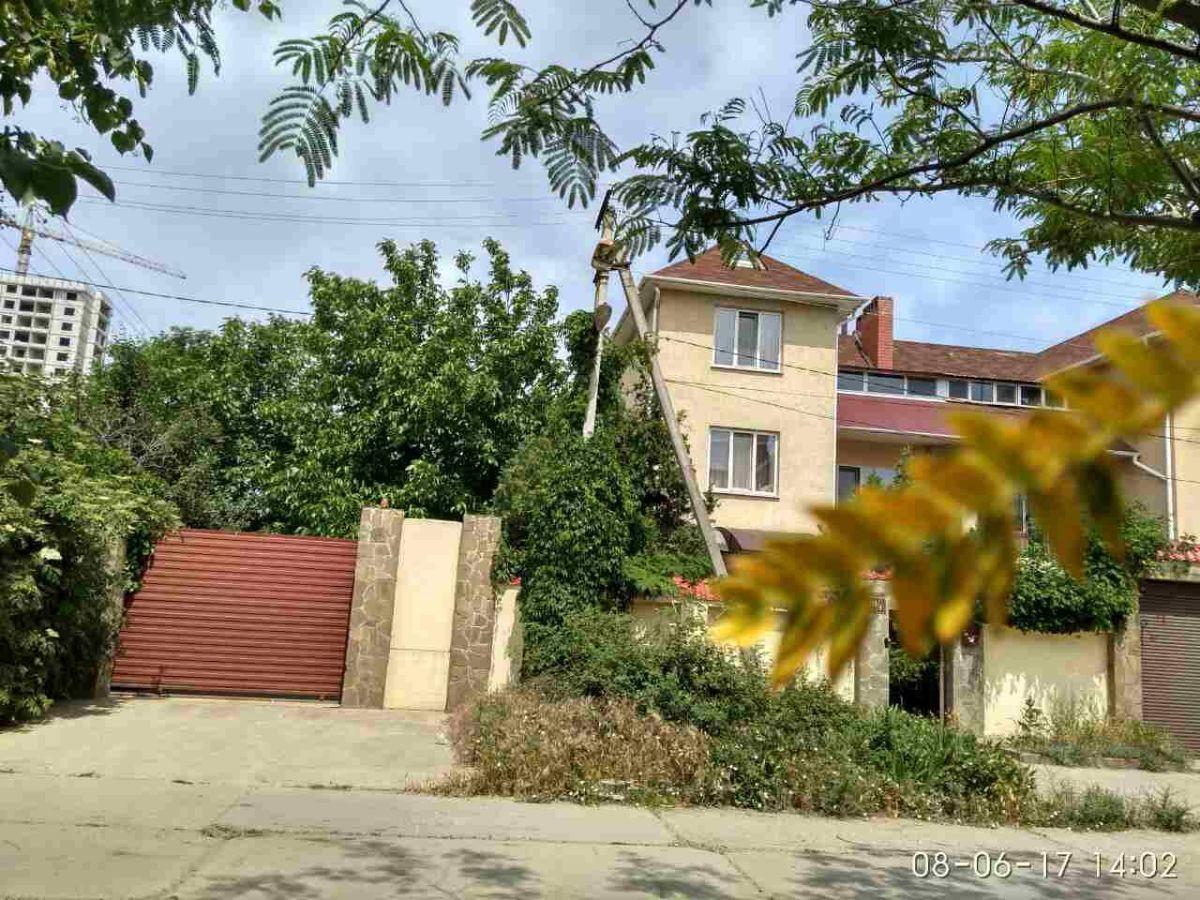 Дом на 7 сотках, Царское село-1 ул. Цветочная, 400 кв.м.