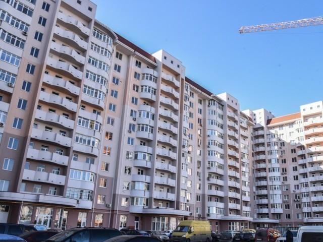 Продам 2 комнатную квартиру Малиновского