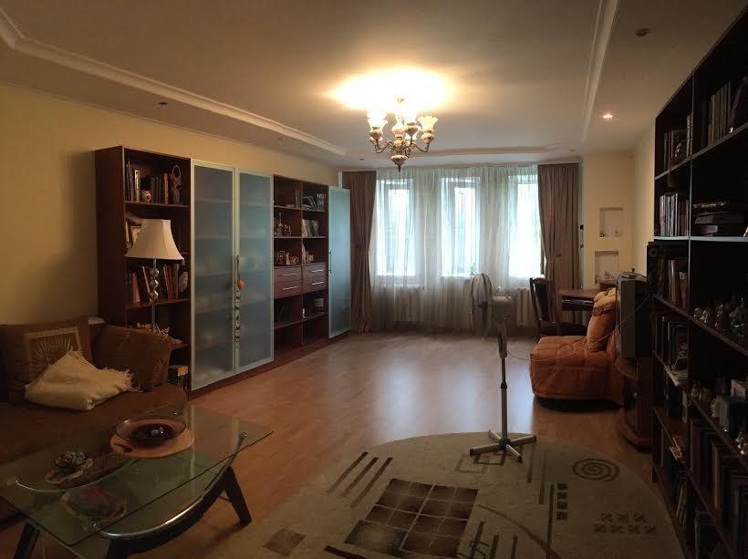 Продам трехкомнатную квартиру на Тополевой / Вузовский