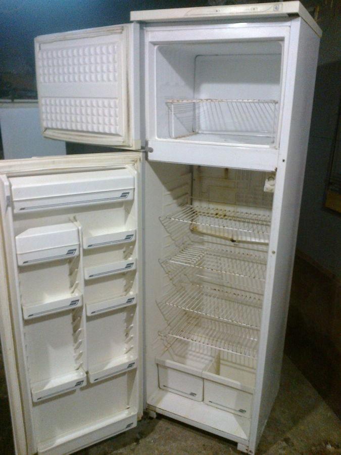 Холодильник норд (двухкамерный) высота 1.6метра