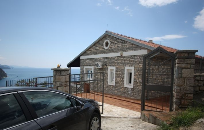 Черногория: ВИЛЛА 3+1 В БУДВЕ (00763)