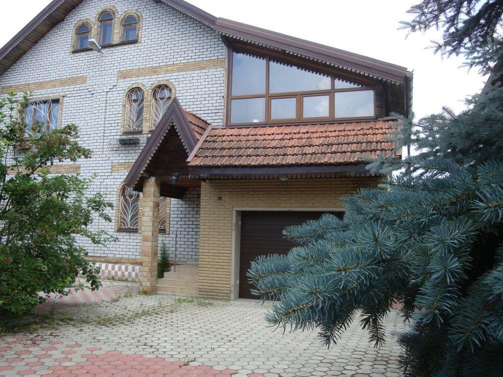 дом Александровка 260м2 .Гостевой дом 90 м2